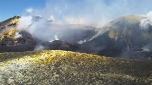 Ascesa Notturna a Mongibello - Alba e Crateri Sommitali