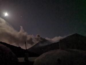 Luna Piena sull'Etna e Crateri Sommitali.